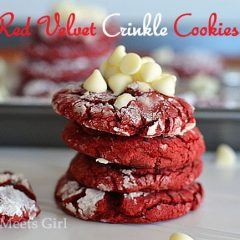 Red Velvet Crinkle Cookies {with White Chocolate} from www.kitchenmeetsgirl.com